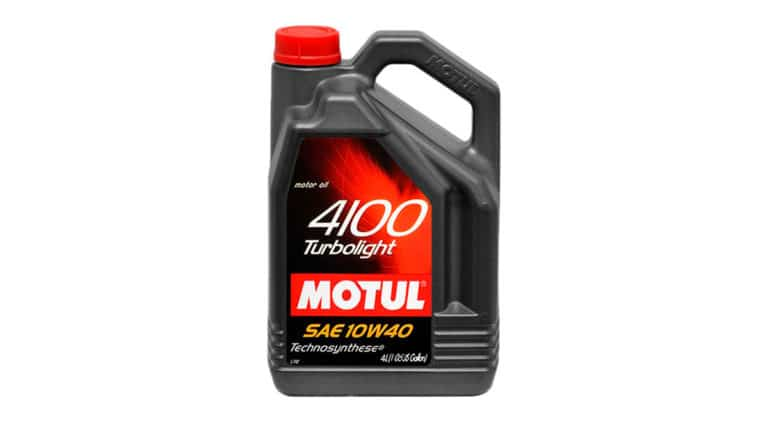 Моторное масло Motul 4100 Turbolight 10W40.